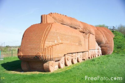 23_23_14---Darlington-brick-train-sculpture_web.jpg
